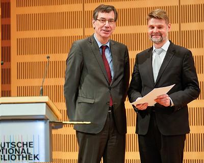 Frank Scholze löst Elisabeth Niggemann an der Spitze der Deutschen Nationalbibliothek ab